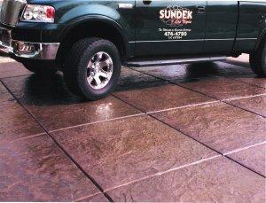 stamped-concrete-driveway-missouri.jpeg