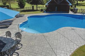 pool deck resurfacing Orlando FL